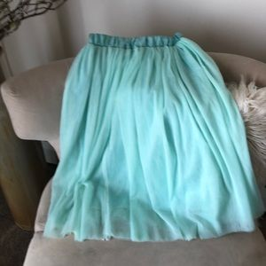 Teal tulle flowing skirt
